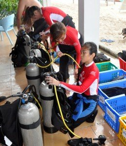 miss scuba singapore in malapascua